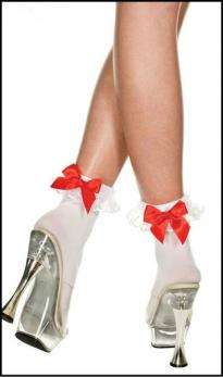 Носочки с красным бантом